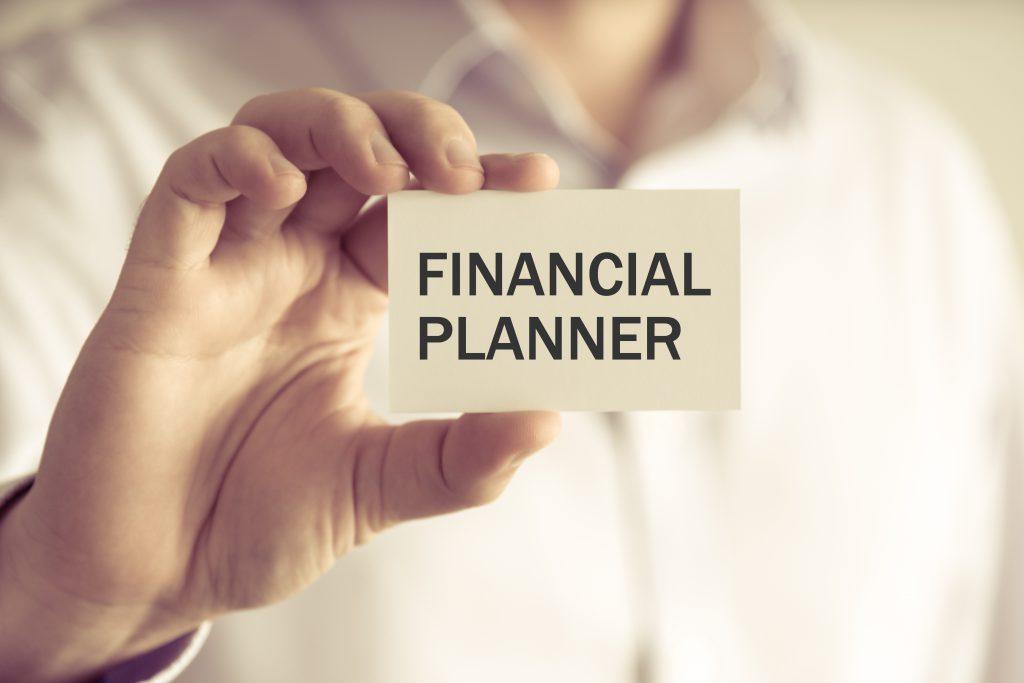 金融業界への就職で有利な資格